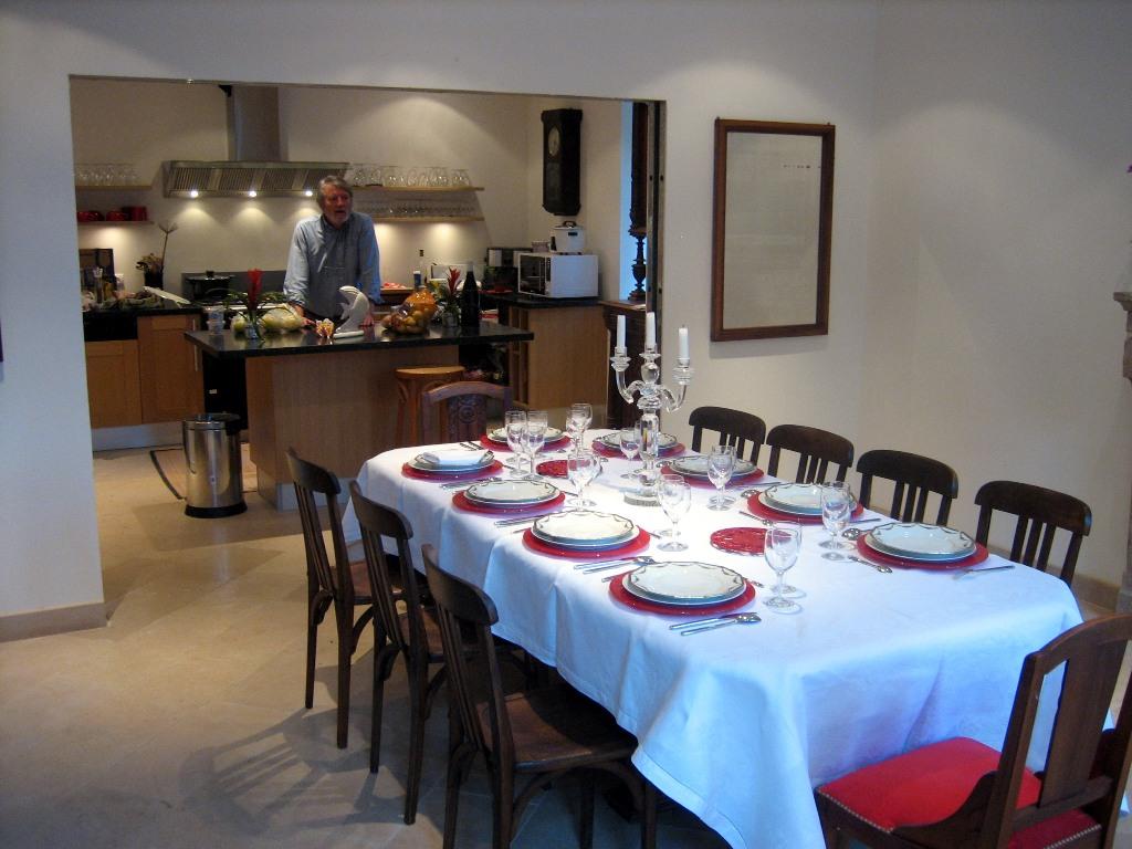 Gite etang jaune photos de l 39 interieur - Cuisine et salle a manger ...